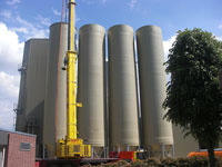 Assembly work silo plant made of GFK 4 x 420 m³