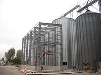 New building receiving hopper with round silo plant
